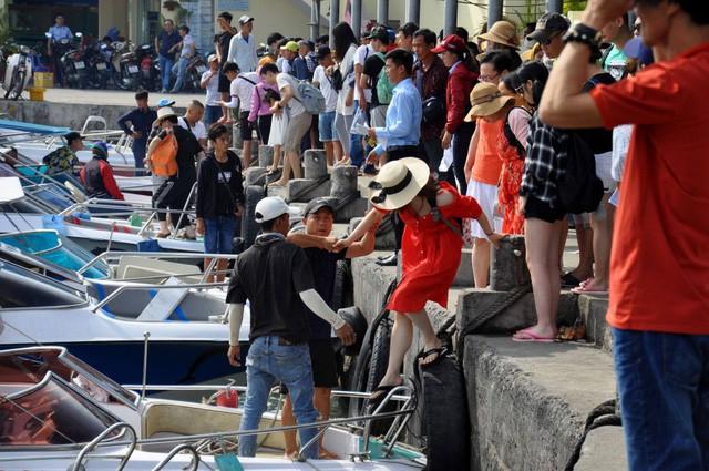 830.000 lượt khách Trung Quốc đến Nha Trang - Khánh Hòa trong 5 tháng 2019 - Ảnh 1.