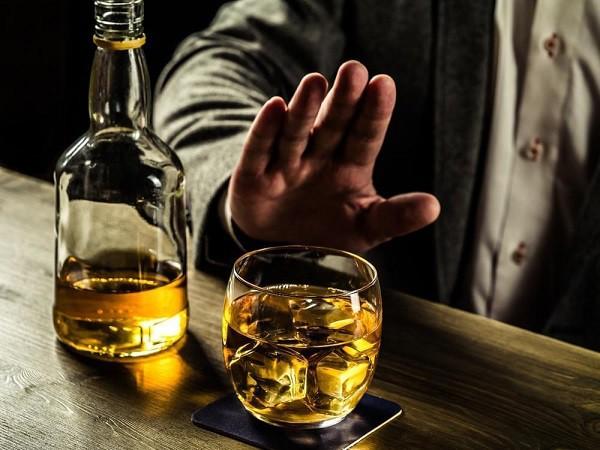 Chiều nay, Quốc hội xin ý kiến đại biểu về thời gian cấm bán rượu bia từ 22h-8h sáng - Ảnh 1.
