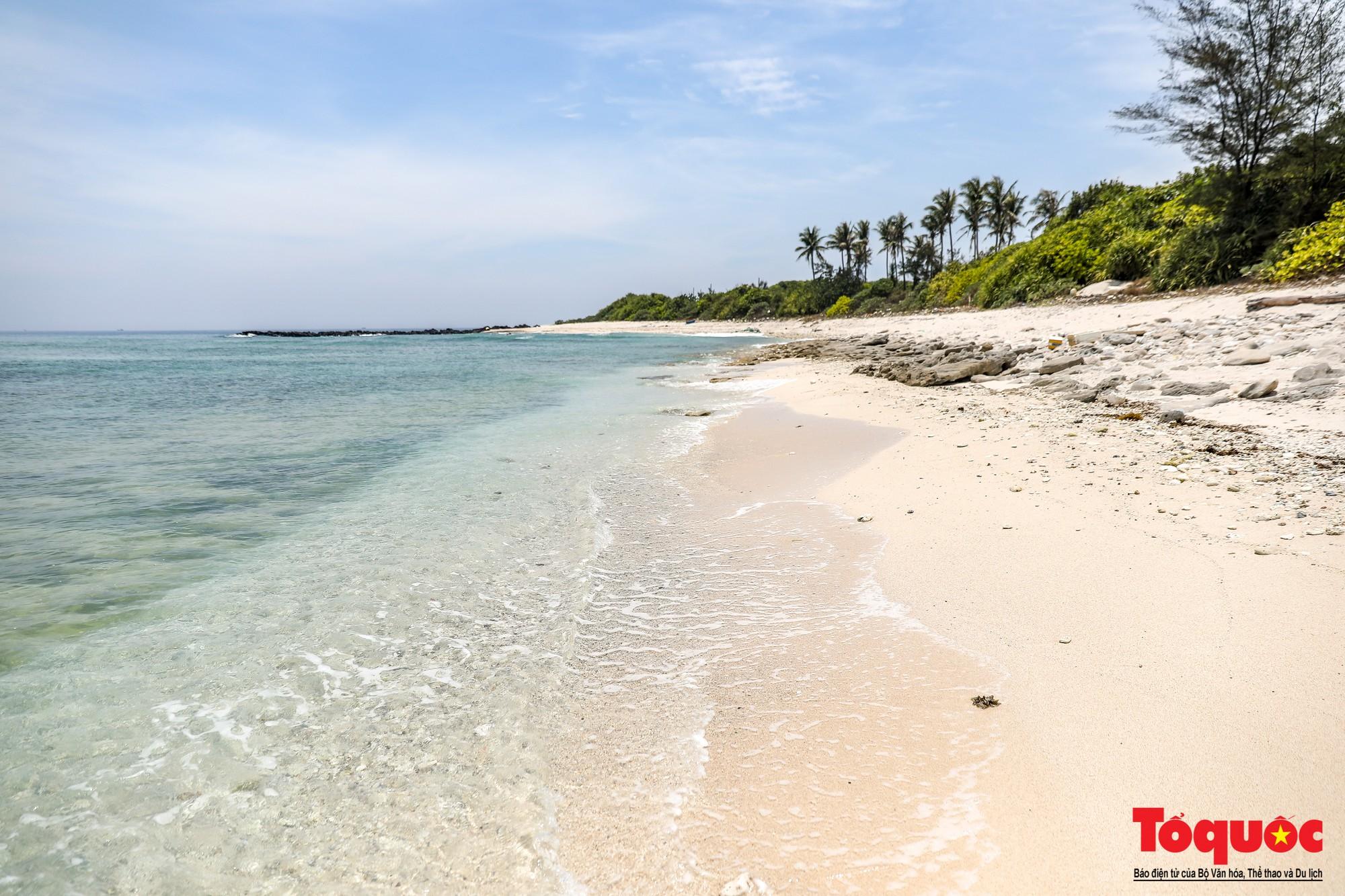 Ngỡ ngàng trước vẻ đẹp hoang sơ như thiên đường nhỏ của Đảo Bé, Lý Sơn - Ảnh 5.