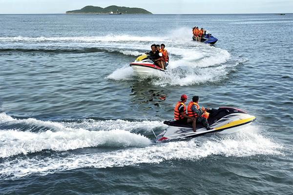 Quy định về quản lý hoạt động của phương tiện phục vụ vui chơi, giải trí dưới nước - Ảnh 1.