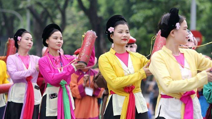 """Lễ Hội đường phố mừng """"20 năm Hà Nội – Thành phố vì hòa bình"""" thu hút 10.000 người tham dự - Ảnh 2."""