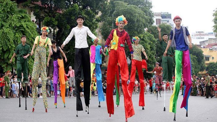"""Lễ Hội đường phố mừng """"20 năm Hà Nội – Thành phố vì hòa bình"""" thu hút 10.000 người tham dự - Ảnh 4."""