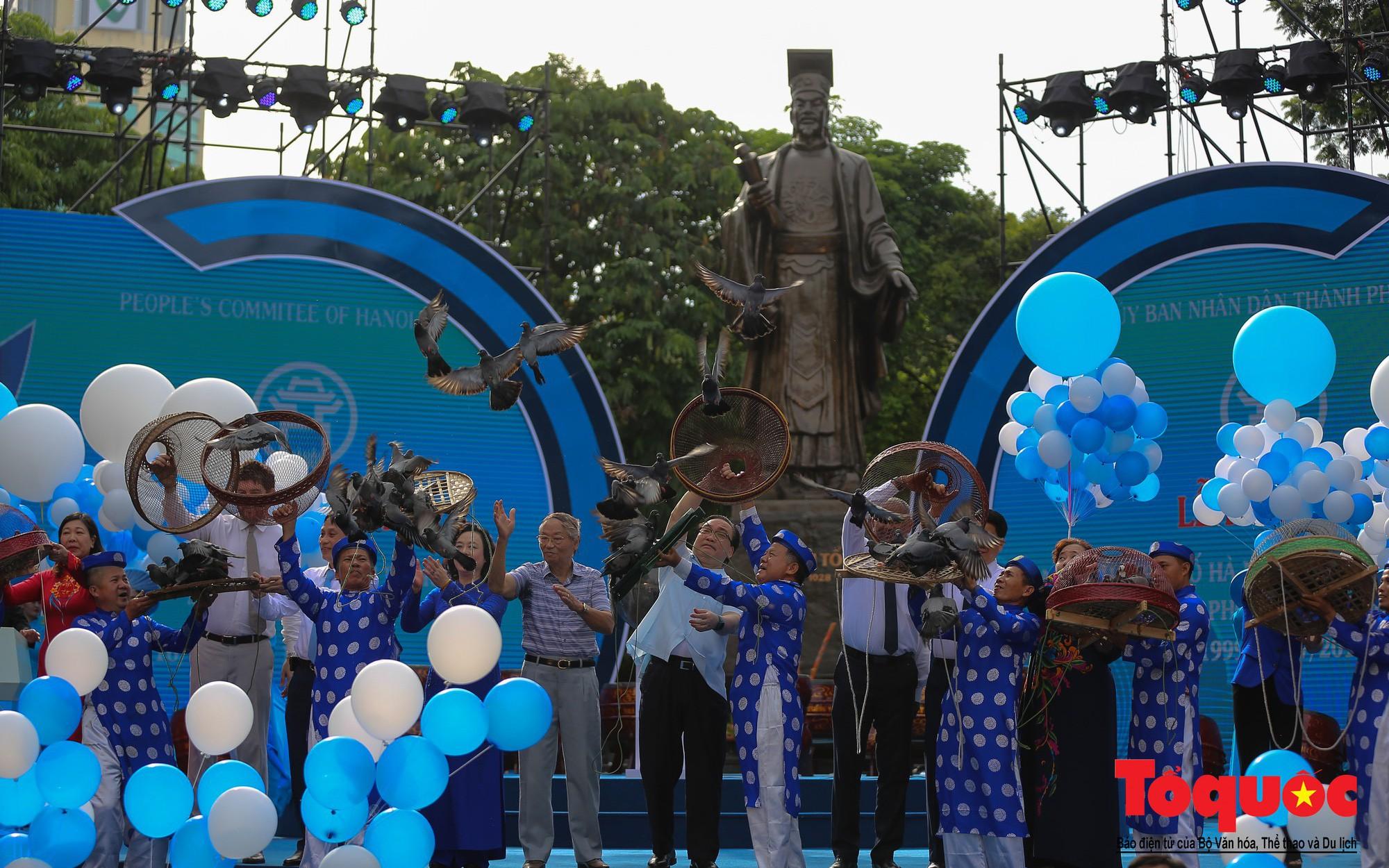 """Hà Nội kỷ niệm 20 năm đón nhận danh hiệu """"Thành phố Vì hòa bình"""""""