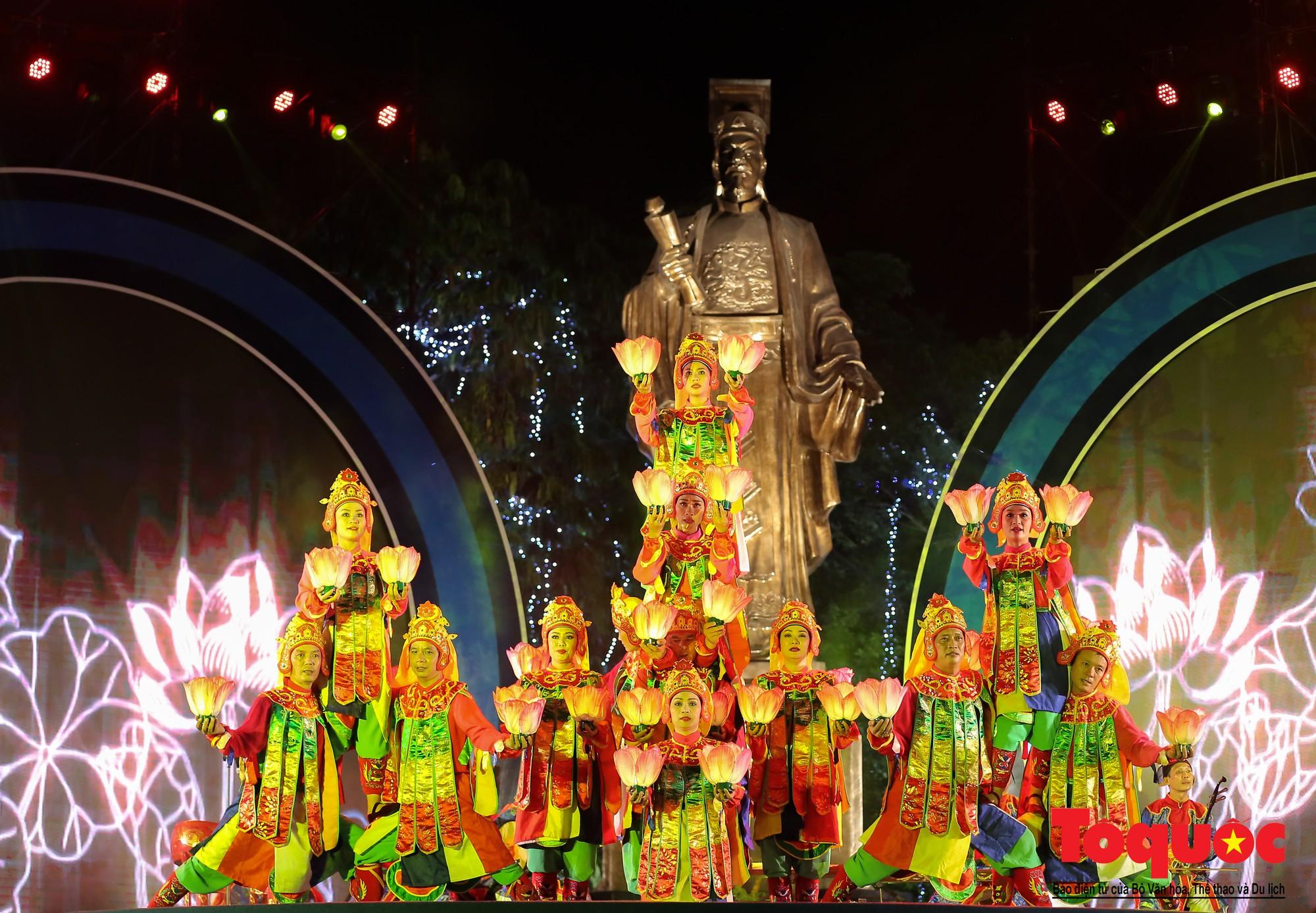 """Ấn tượng chương trình nghệ thuật kỷ niệm 20 năm Hà Nội - """"Thành phố Vì hòa bình"""" (2)"""