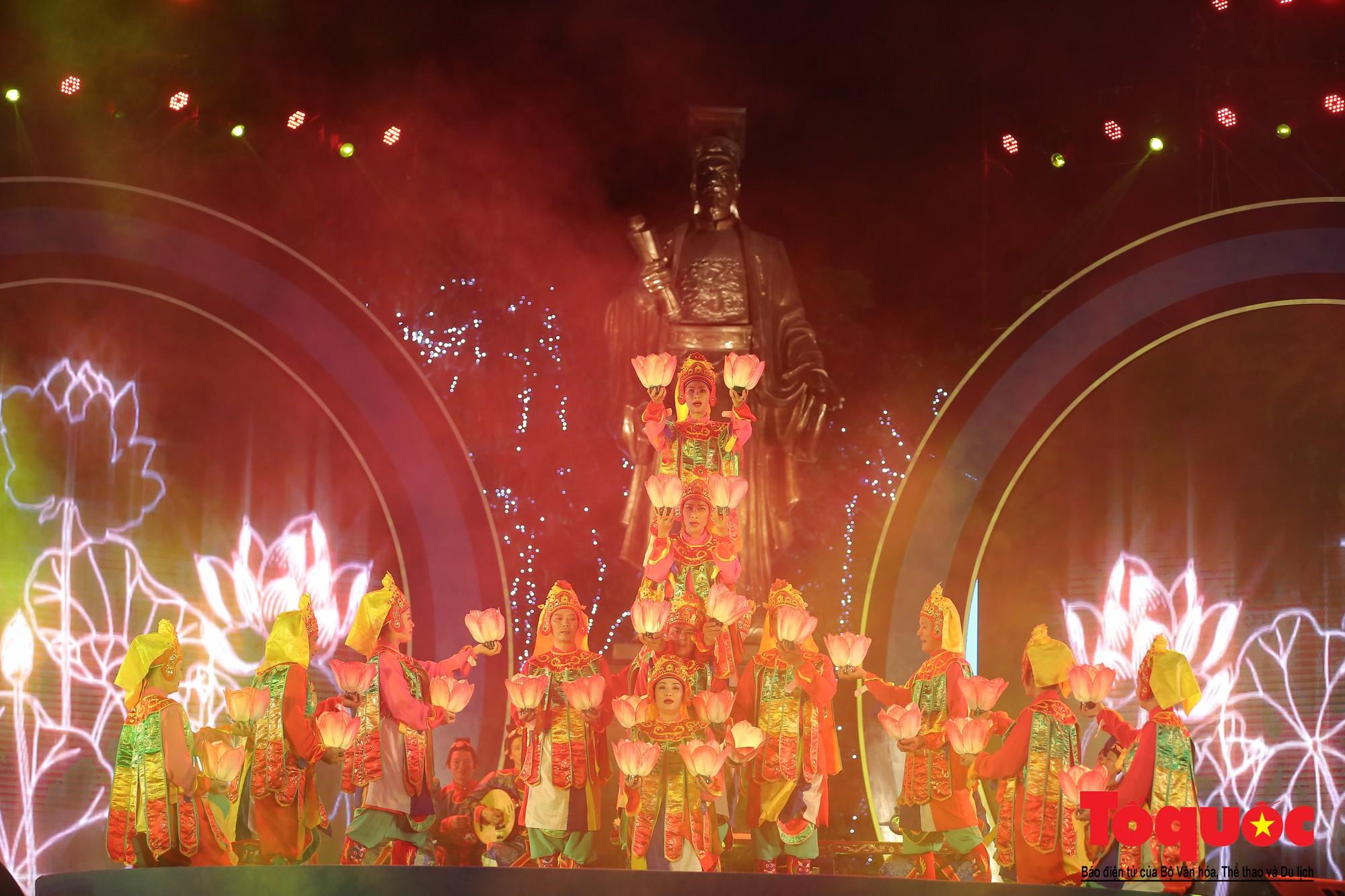 """Ấn tượng chương trình nghệ thuật kỷ niệm 20 năm Hà Nội - """"Thành phố Vì hòa bình"""" (7)"""