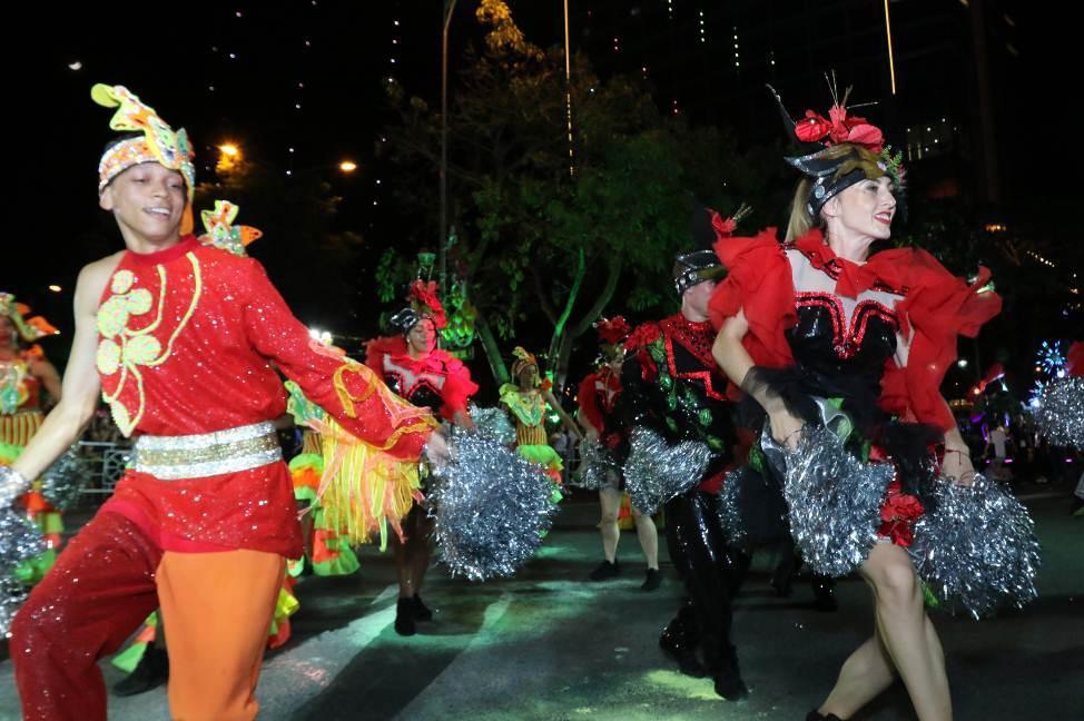 Nhìn lại hành trình Lễ hội carnival đường phố DIFF 2019 - Ảnh 2.