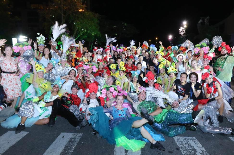 Nhìn lại hành trình Lễ hội carnival đường phố DIFF 2019 - Ảnh 7.
