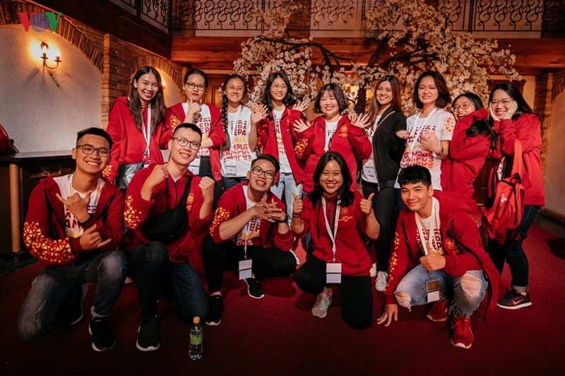 Sinh viên Việt Nam mang văn hoá dân tộc đến trường hè quốc tế RANEPA - Ảnh 1.