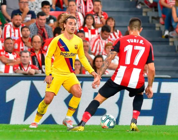 Siêu phẩm tung người cắt kéo phút 89 khiến Barcelona trắng tay trận khai màn La Liga - Ảnh 4.