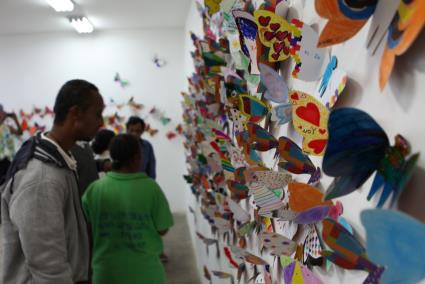 Hơn 1300 cánh bướm của trẻ khuyết tật khắp thế giới trưng bày tại Hà Nội - Ảnh 4.