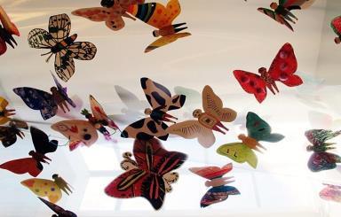 Hơn 1300 cánh bướm của trẻ khuyết tật khắp thế giới trưng bày tại Hà Nội - Ảnh 5.