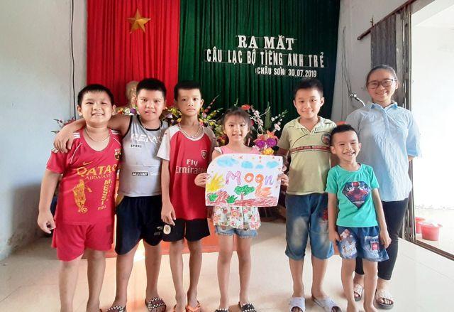 Sinh viên mở lớp dạy tiếng Anh miễn phí cho học sinh dịp hè - Ảnh 4.