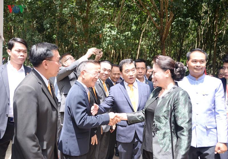 Chủ tịch Quốc hội thăm và làm việc tại tỉnh Udon Thani, Thái Lan - Ảnh 1.
