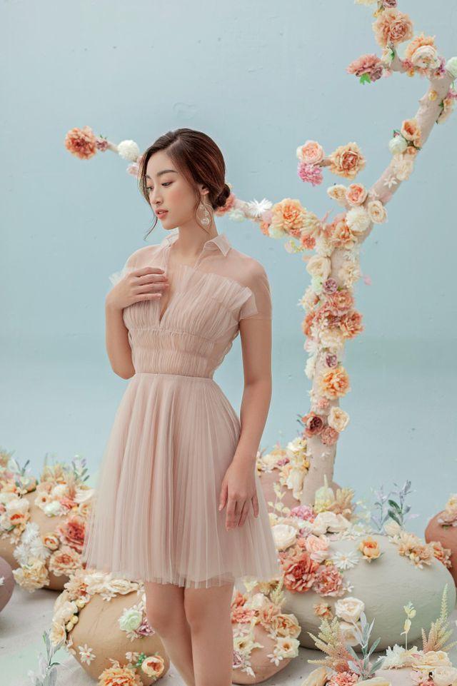 Hoa hậu Đỗ Mỹ Linh gợi cảm hơn sau tin đồn yêu thiếu gia - Ảnh 9.