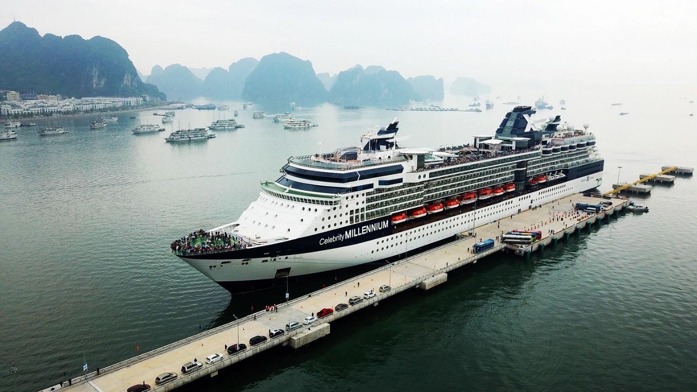 """Du lịch tàu biển: Đường nào đến """"hầu bao"""" du khách - Ảnh 1."""