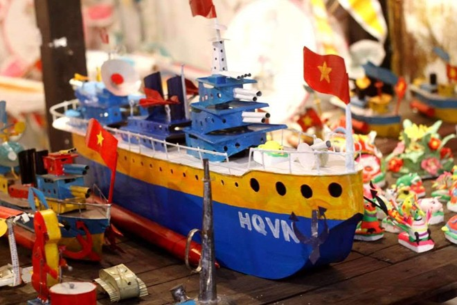 Bộ sưu tập đồ chơi truyền thống gắn liền với Tết Trung thu - Ảnh 2.