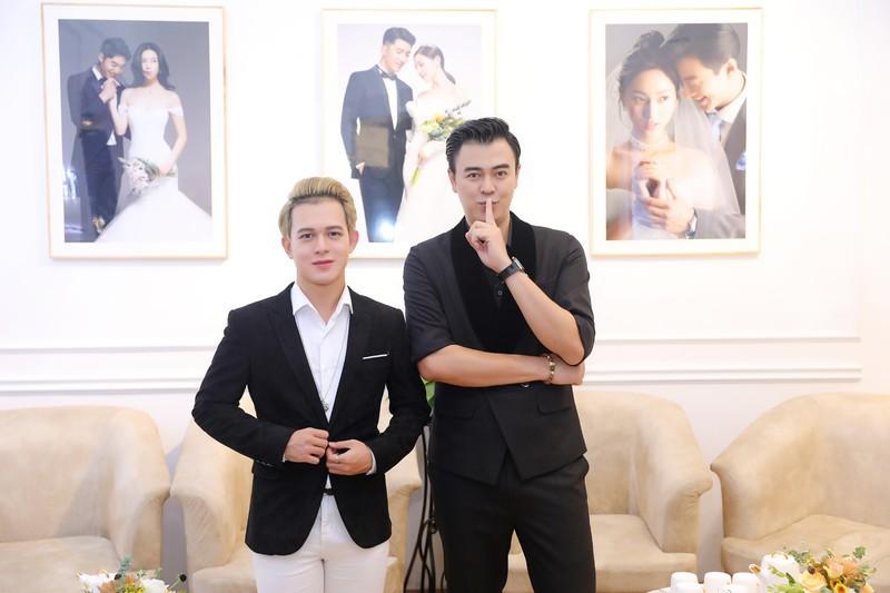 Xôn xao tin đồn 'Tomboyloichoi' Bảo Hân và Quang Anh đi thử áo cưới sau phim Về nhà đi con - Ảnh 2.