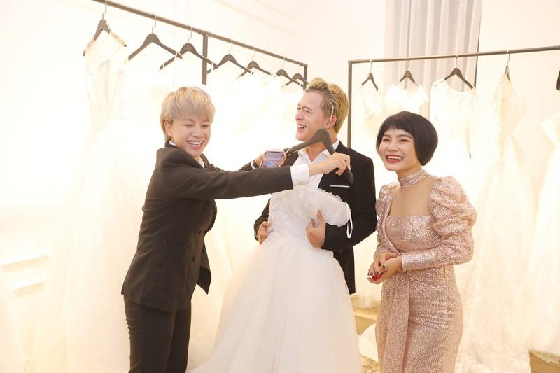 Xôn xao tin đồn 'Tomboyloichoi' Bảo Hân và Quang Anh đi thử áo cưới sau phim Về nhà đi con - Ảnh 8.