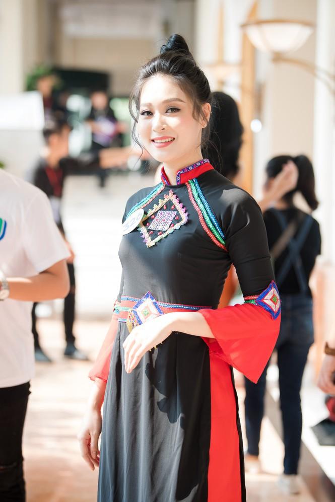 Hoa hậu Tường Linh, Đào Hà và dàn người đẹp quen mặt gợi cảm dự thi Hoa hậu Hoàn vũ VN - Ảnh 10.