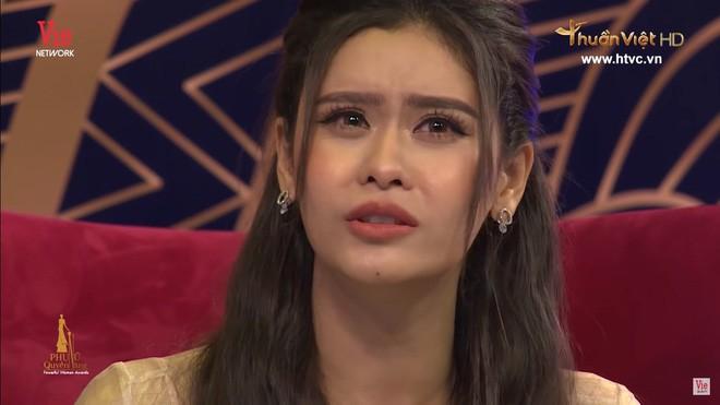 Trương Quỳnh Anh bật khóc: Đến với Tim, tôi mất tất cả mọi thứ, mất quản lý, bạn bè, cha mẹ - Ảnh 4.