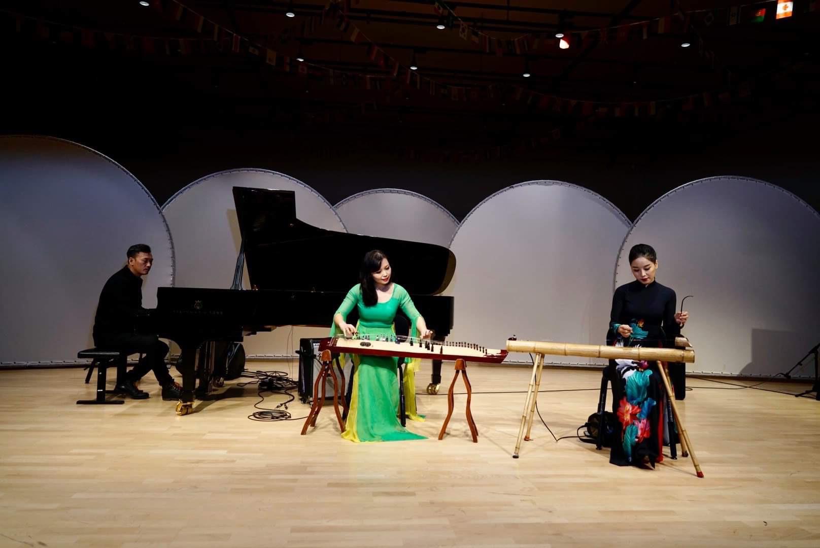 Chương trình hòa nhạc của Học viện Âm nhạc Quốc gia Việt Nam tại Học viện Âm nhạc Malmo - Ảnh 5.