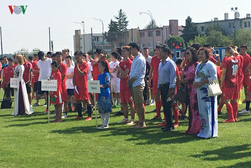 Người Việt tại Slovakia tưng bừng kỷ niệm Quốc khánh 2/9 - Ảnh 2.