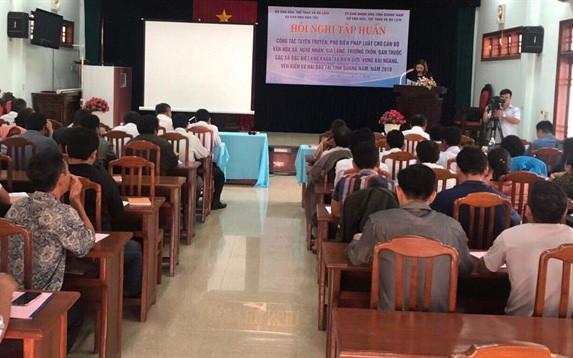 Tập huấn tuyên truyền, phổ biến pháp luật cho nghệ nhân, già làng tại Quảng Nam