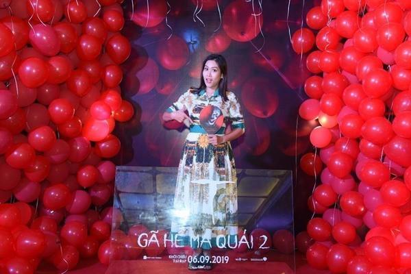 Dàn sao Việt quy tụ trong bữa tiệc kinh dị của 'Gã hề ma quái' - Ảnh 6.