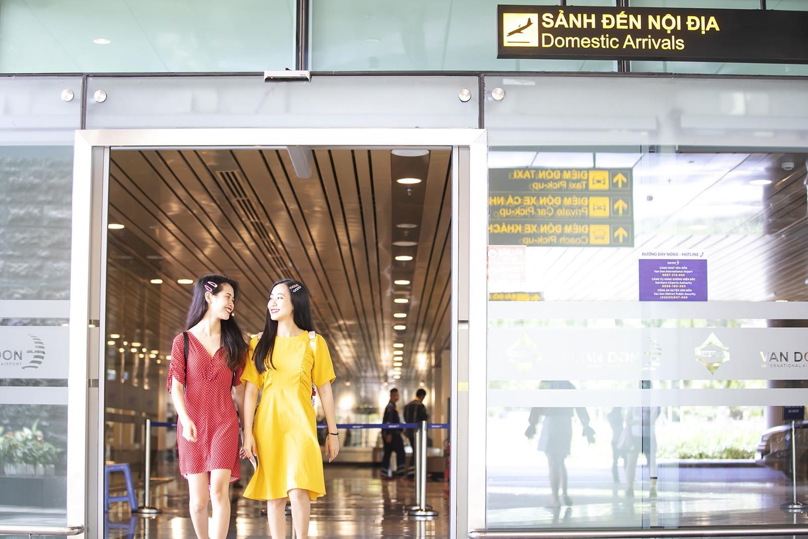 """Khám phá """"thủ phủ"""" du lịch Hạ Long cùng hot girl Trang Hime - Ảnh 1."""