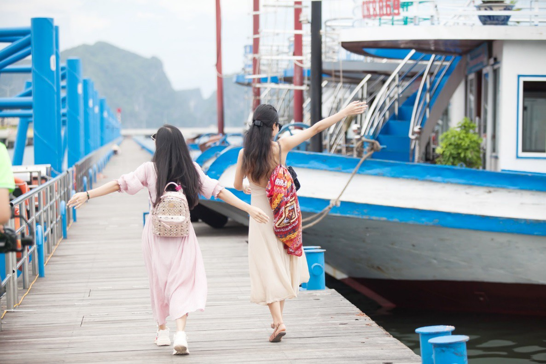 """Khám phá """"thủ phủ"""" du lịch Hạ Long cùng hot girl Trang Hime - Ảnh 4."""