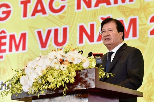 """Phó Thủ tướng Trịnh Đình Dũng: """"Tập đoàn Than - Khoáng sản phải bảo đảm người lao động có một cái Tết đầm ấm"""" - Ảnh 1."""