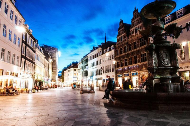 Những thành phố xinh đẹp ở châu Âu hạn chế ô tô lưu thông - Ảnh 1.