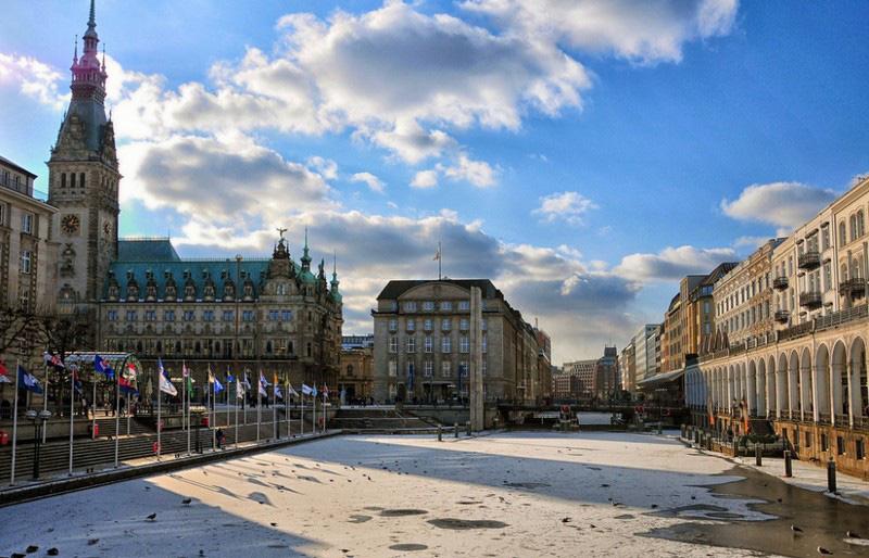 Những thành phố xinh đẹp ở châu Âu hạn chế ô tô lưu thông - Ảnh 2.