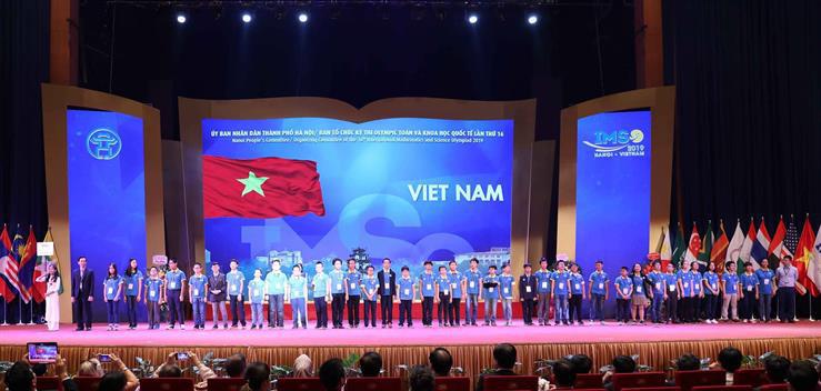 Ngành Giáo dục và Đào tạo Hà Nội công bố 10 sự kiện tiêu biểu năm 2019 - Ảnh 2.