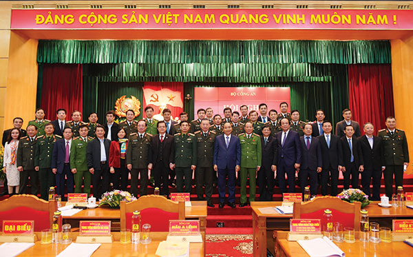 Thông điệp Bộ trưởng Công an Tô Lâm gửi cán bộ, chiến sĩ nhân dịp năm mới 2020 - Ảnh 2.