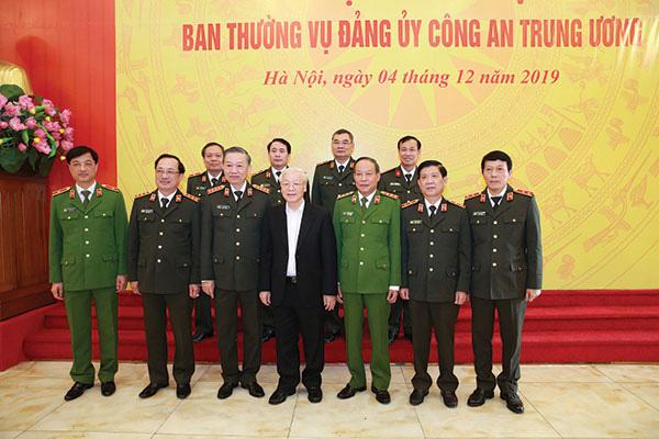 Thông điệp Bộ trưởng Công an Tô Lâm gửi cán bộ, chiến sĩ nhân dịp năm mới 2020 - Ảnh 1.