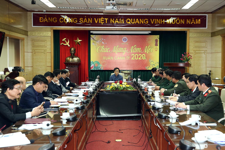 Phó Thủ tướng Vũ Đức Đam: Tạm thời không cấp thị thực du lịch cho khách Trung Quốc đến từ khu vực có dịch bệnh - Ảnh 2.