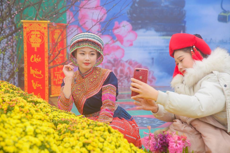 Sun World Fansipan Legend tưng bừng khai mạc Hội xuân mở cổng trời và Lễ hội khèn hoa 2020 - Ảnh 2.