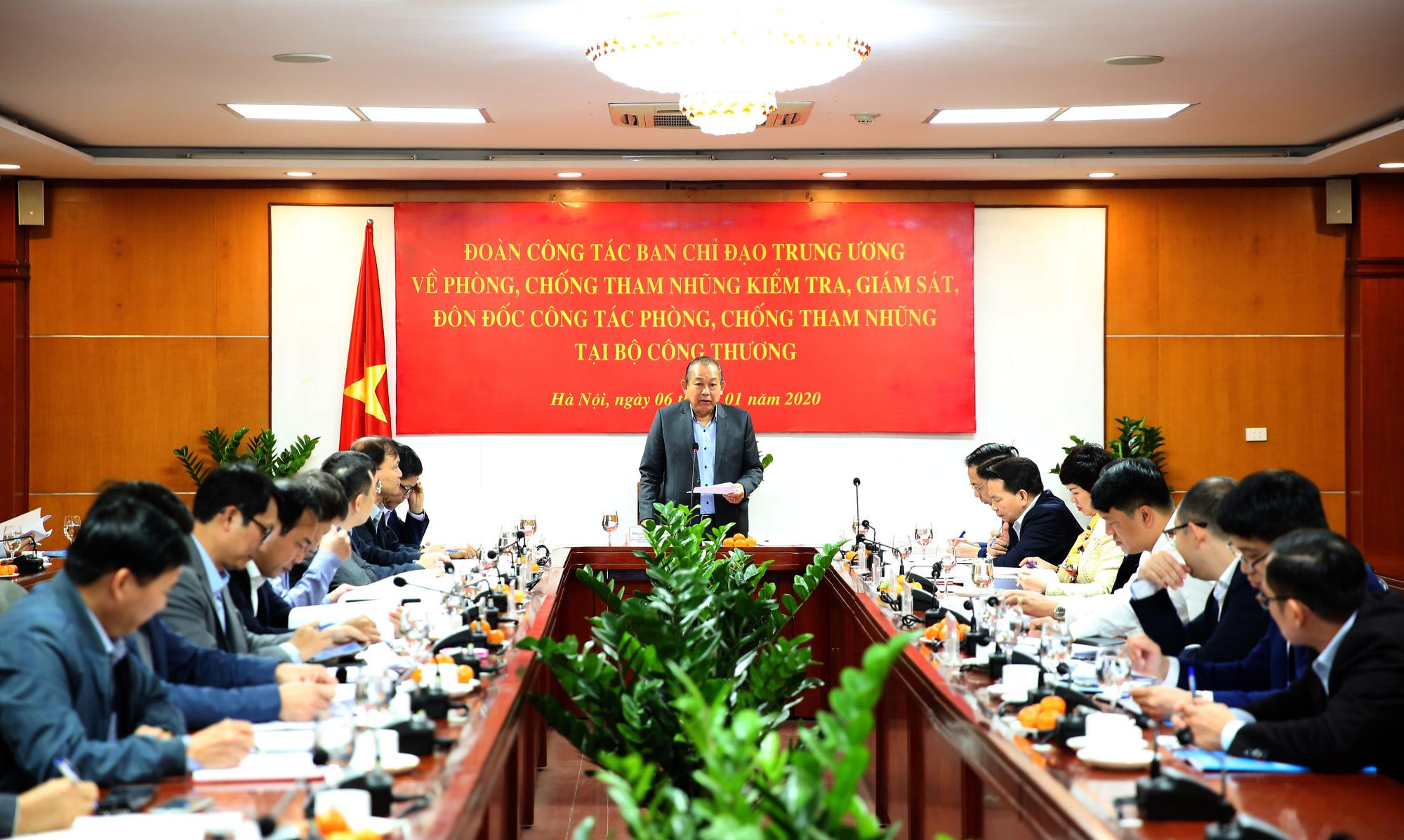 Phó Thủ tướng Thường trực Trương Hòa Bình kiểm tra công tác phòng chống tham nhũng tại Ban Cán sự Đảng Bộ Công Thương - Ảnh 1.