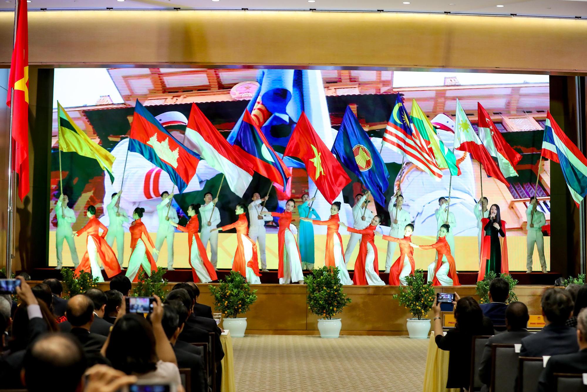 Lễ Khởi động Năm Chủ tịch ASEAN 2020 - Ảnh 3.