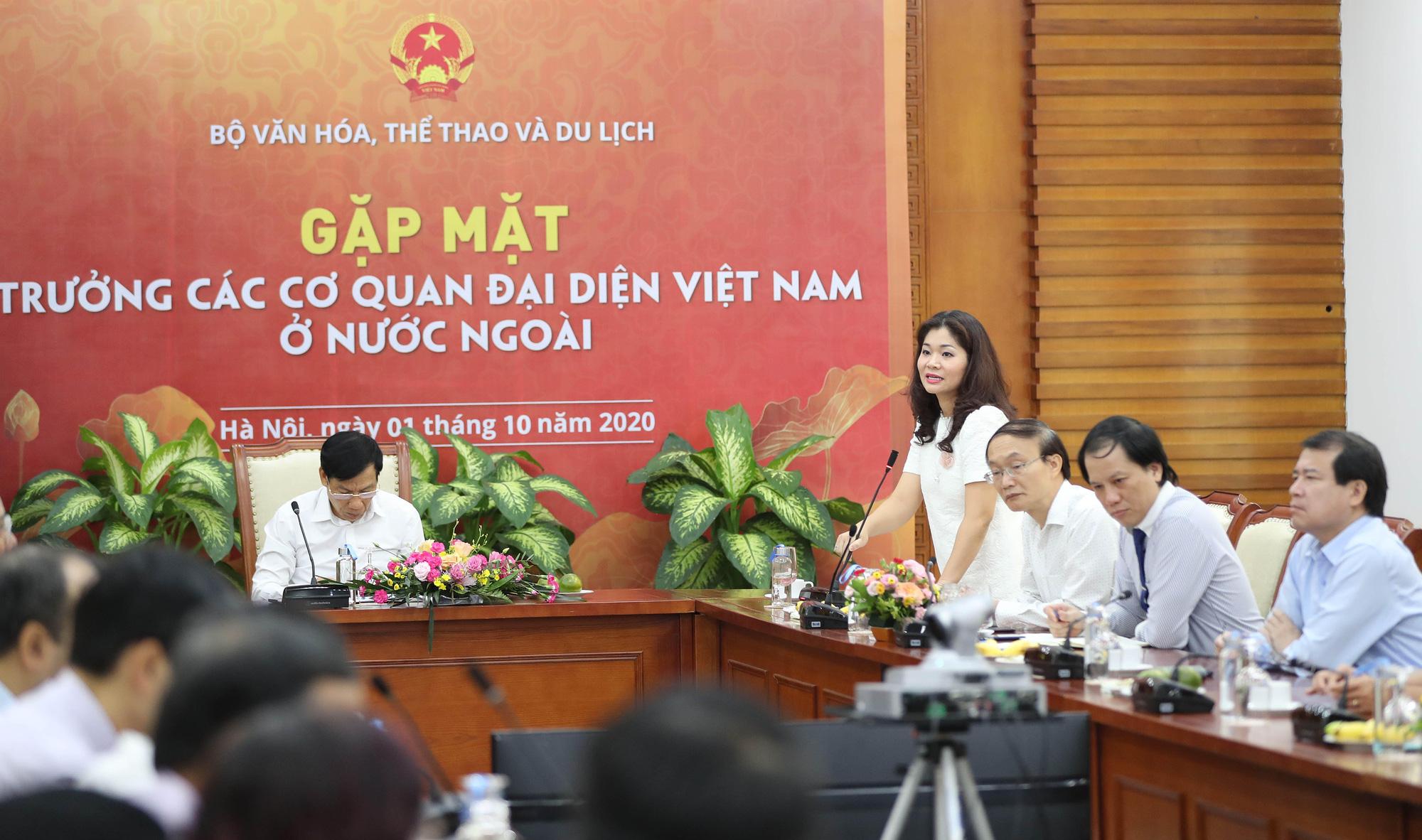 Bộ trưởng Nguyễn Ngọc Thiện gặp mặt Trưởng Cơ quan đại diện Việt Nam ở nước ngoài nhiệm kỳ 2020-2023 - Ảnh 2.