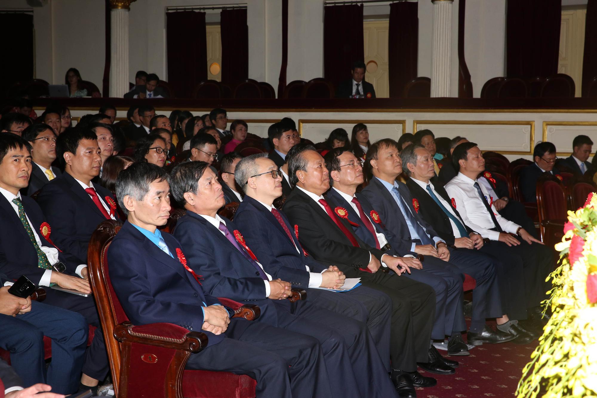 Phó Thủ tướng Trương Hòa Bình dự Đại hội Thi đua yêu nước Bộ Thông tin và Truyền thông - Ảnh 2.