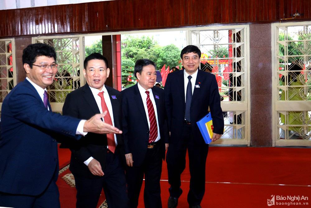 Thủ tướng Nguyễn Xuân Phúc dự Đại hội Đảng bộ tỉnh Nghệ An - Ảnh 10.