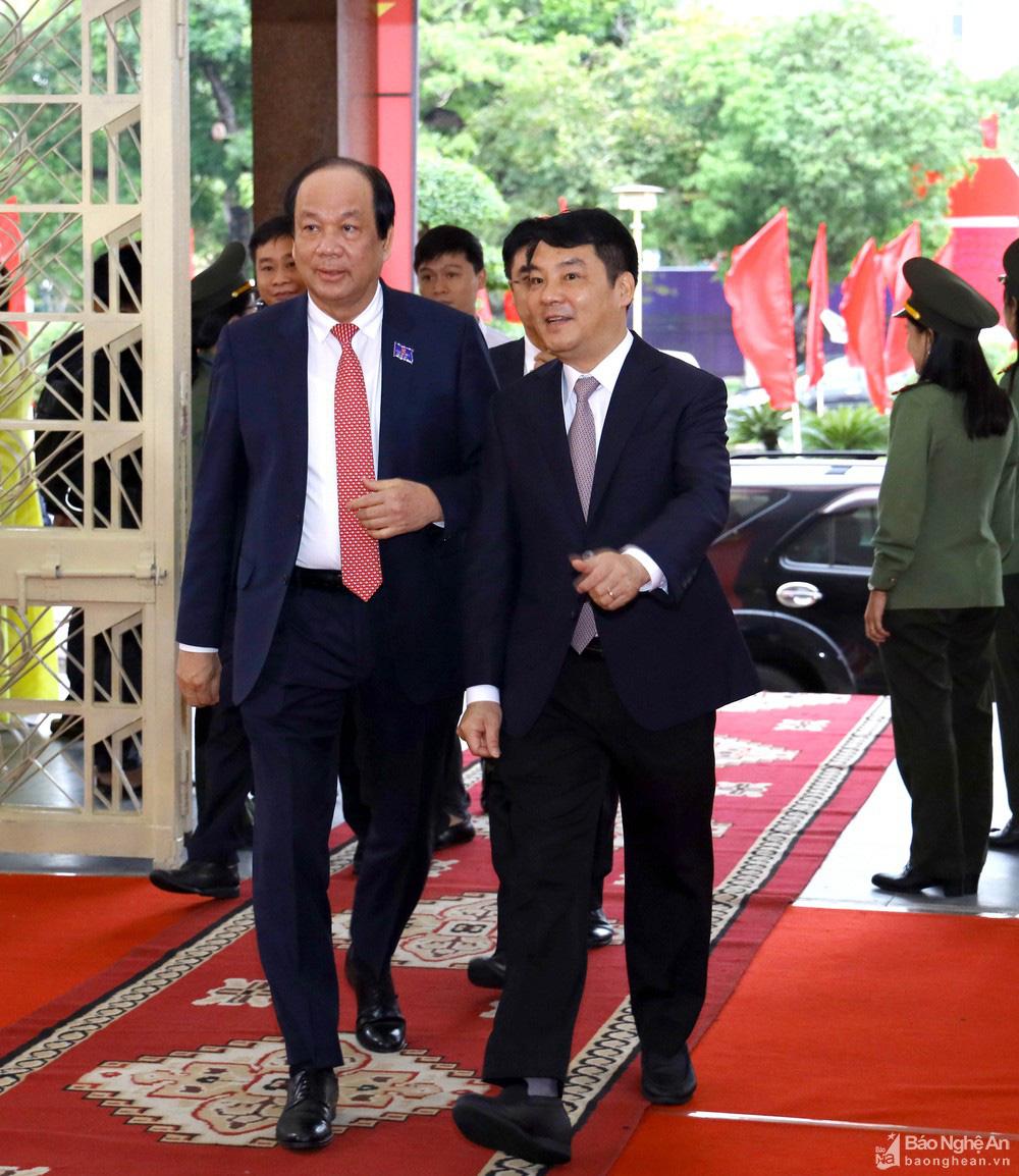 Thủ tướng Nguyễn Xuân Phúc dự Đại hội Đảng bộ tỉnh Nghệ An - Ảnh 8.