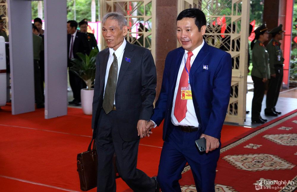 Thủ tướng Nguyễn Xuân Phúc dự Đại hội Đảng bộ tỉnh Nghệ An - Ảnh 11.