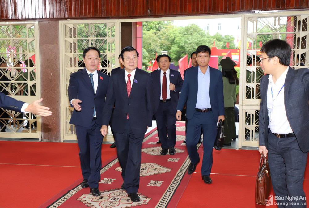 Thủ tướng Nguyễn Xuân Phúc dự Đại hội Đảng bộ tỉnh Nghệ An - Ảnh 2.