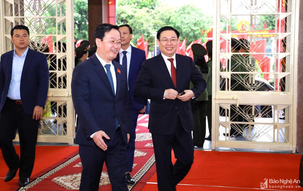 Thủ tướng Nguyễn Xuân Phúc dự Đại hội Đảng bộ tỉnh Nghệ An - Ảnh 6.