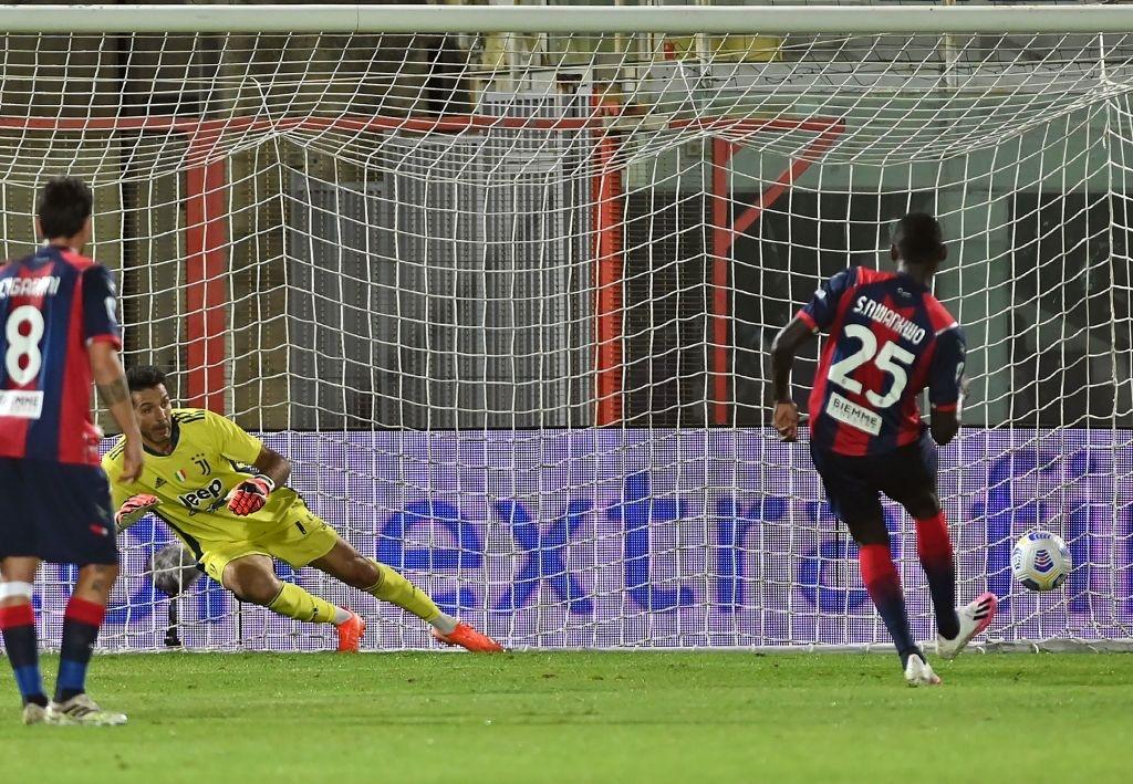 Vắng Ronaldo và bị đuổi người, Juventus nhọc nhằn giành 1 điểm - Ảnh 1.