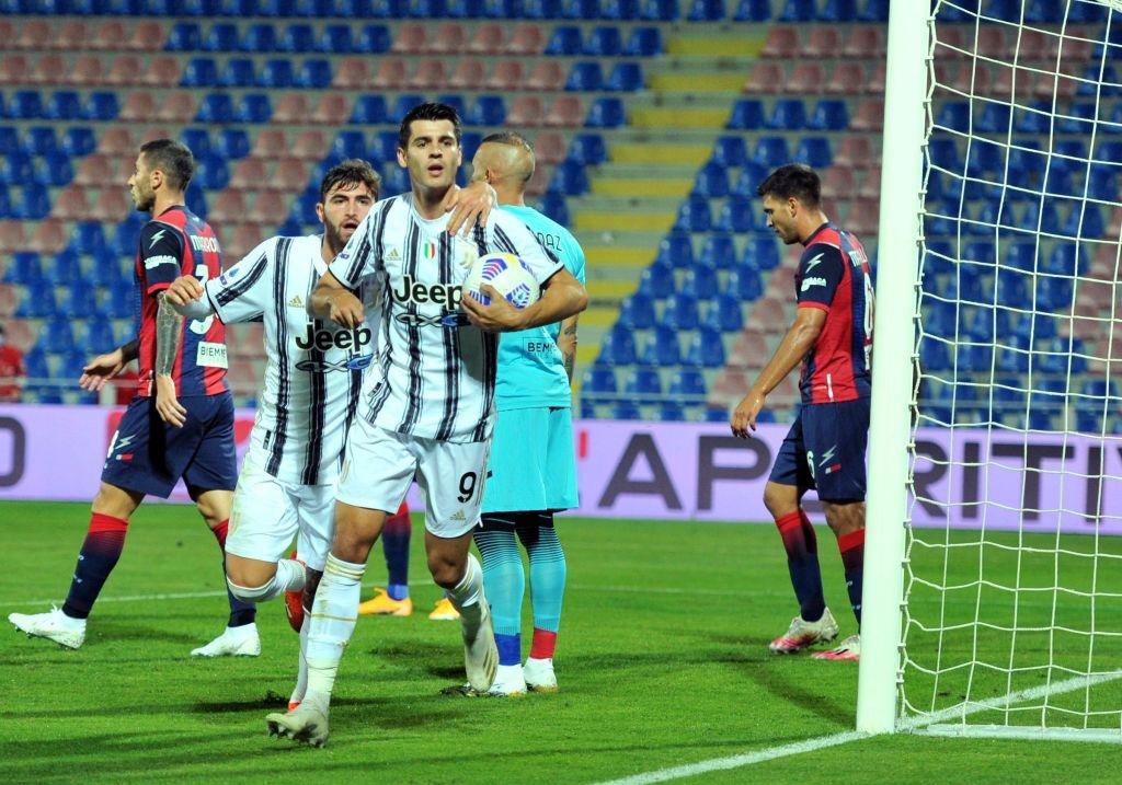 Vắng Ronaldo và bị đuổi người, Juventus nhọc nhằn giành 1 điểm - Ảnh 3.