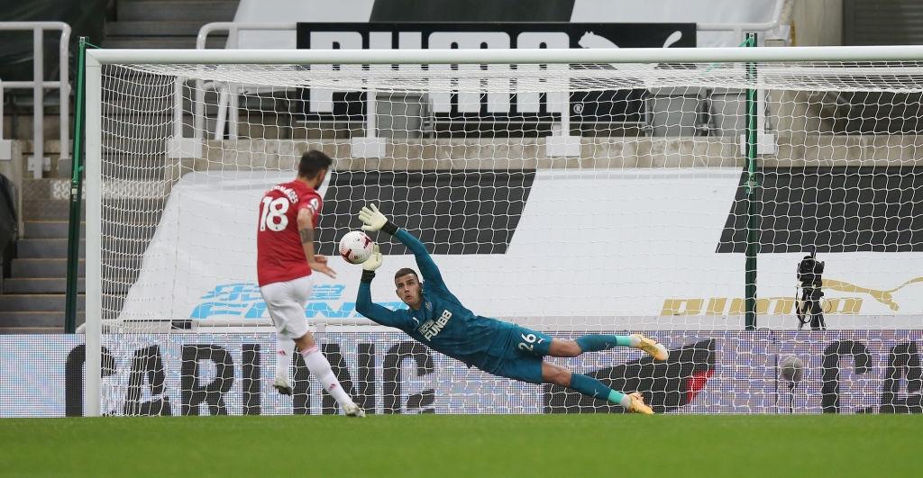 Phản lưới nhà và hỏng phạt đền, Man Utd vẫn thắng ngược nhờ 3 bàn trong 10 phút cuối - Ảnh 6.